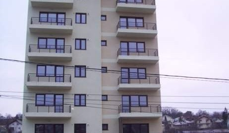 Apartament 1 camera -46 mp, Bloc Nou , Podul de Fier