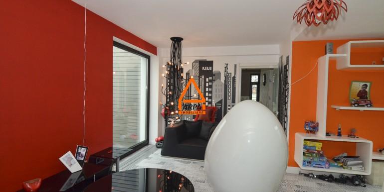 arpa-imobiliare-vila-lux-bucium-400mp-BGA5