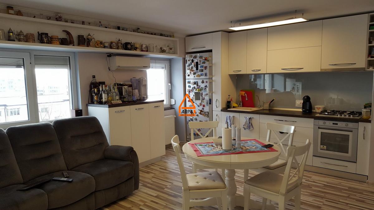 Apartament 3 camere – 70 mp Centru Sf. Lazar – Palas.