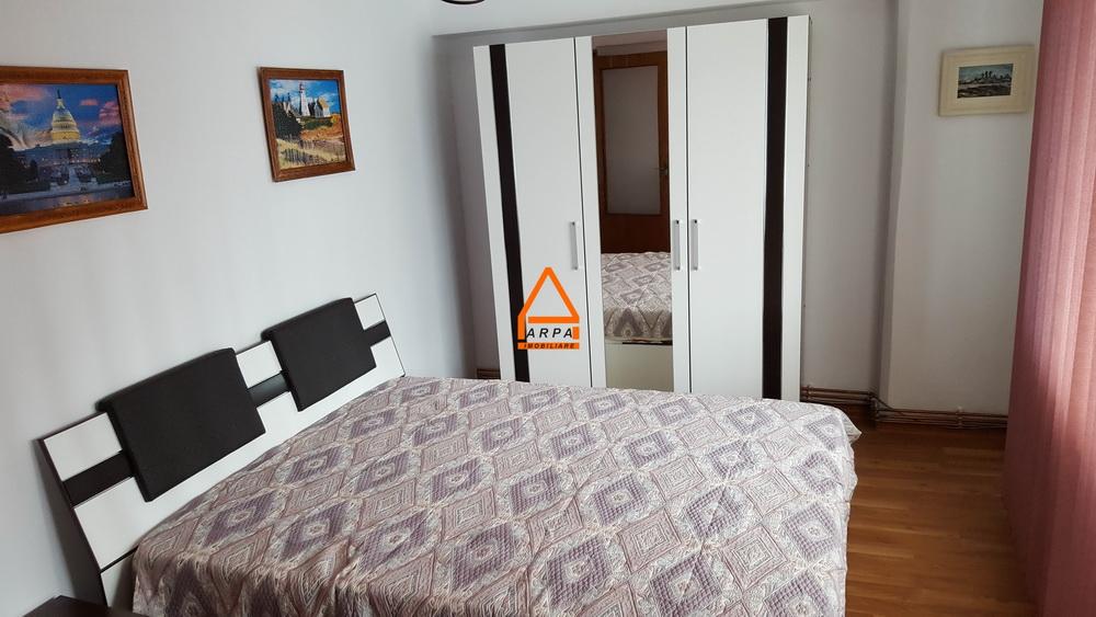 Apartament 3 camere – 72 mp , Sf. Lazar – Palas , Centru