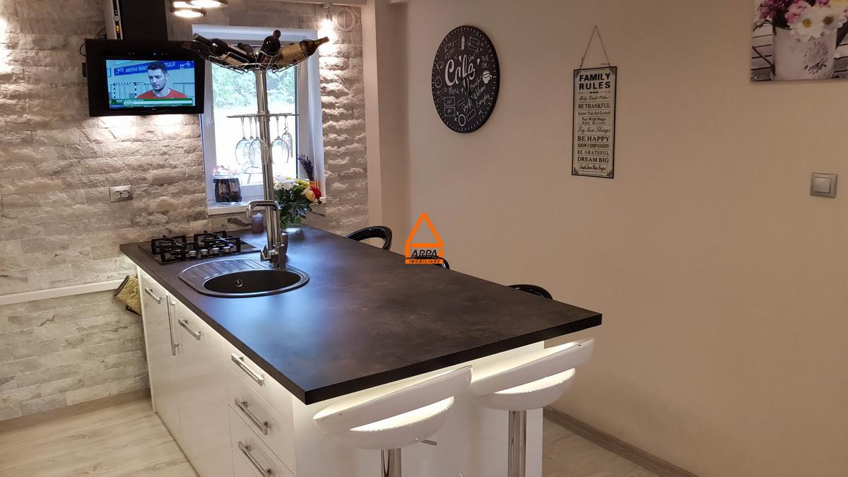 Apartament 3 camere – 80 mp, bloc nou – Bucium