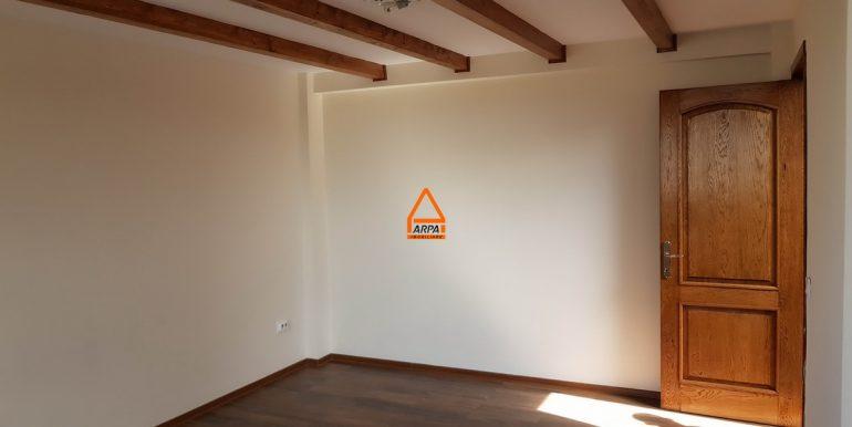 arpa-imobiliare-penthouse-apartament-3cam-103mp-centru-sf.lazar-palas-AI10