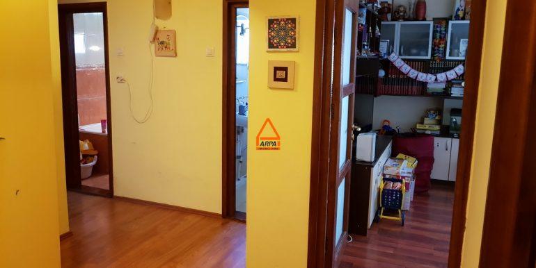 arpa-imobiliare-apartament-de-inchiriat-4cam.-centru-civic-CA4