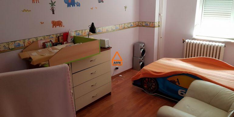 arpa-imobiliare-apartament-de-inchiriat-4cam.-centru-civic-CA5