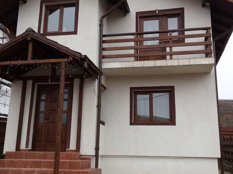 Casa / Vila 4 camere – Bucium – in spate la Dedeman