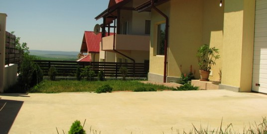 Vila  4 camere – 185 mp , 500 mp teren – Bucium