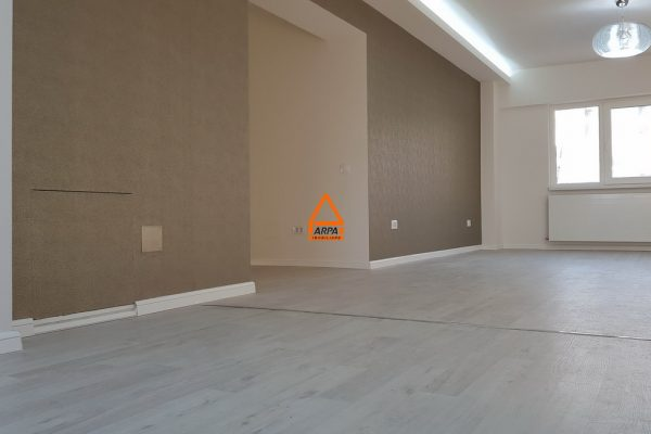 Apartament decomandat de LUX – 5 camere -122 mp – Centru Civic