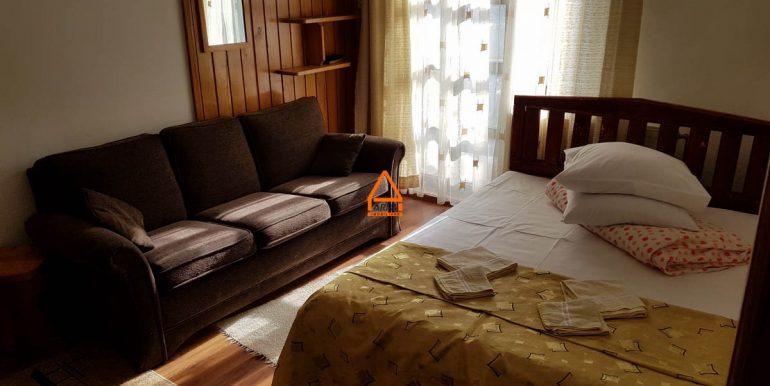 arpa-imobiliare-vila-pensiune-bucium-460-mp-VM10