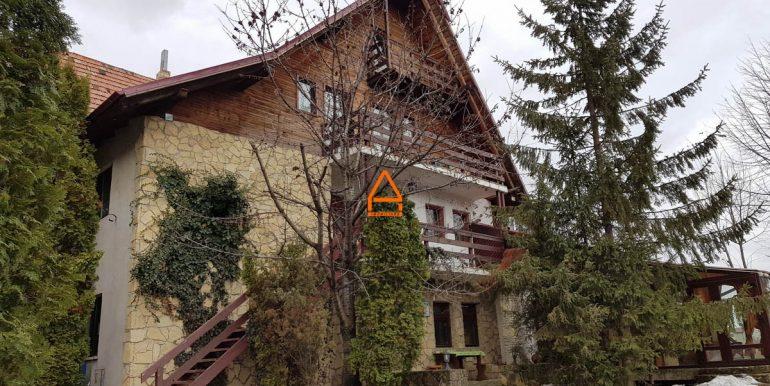 arpa-imobiliare-vila-pensiune-bucium-460-mp-VM2