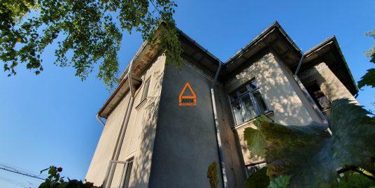 Casa D + P (1/2 Duplex ) – 165 mp , 215 mp teren – Copou