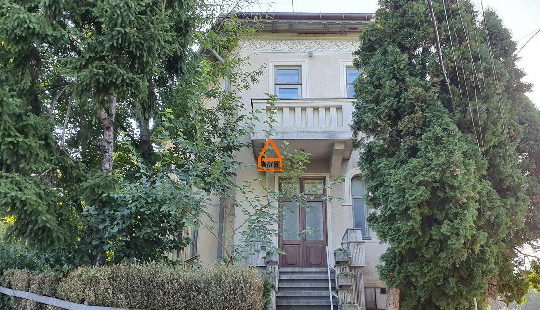 Casa D + E (1/2 Duplex ) – 125 mp , 215 mp teren – Copou
